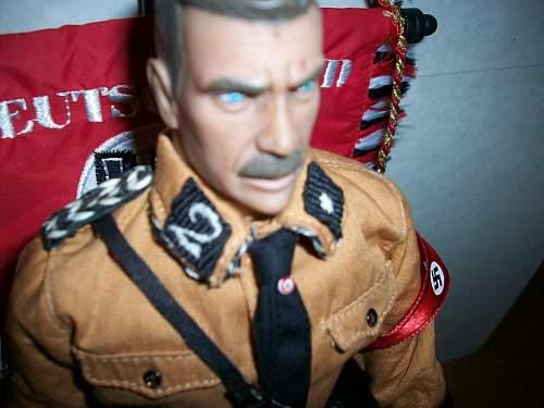 Totenkopf figure