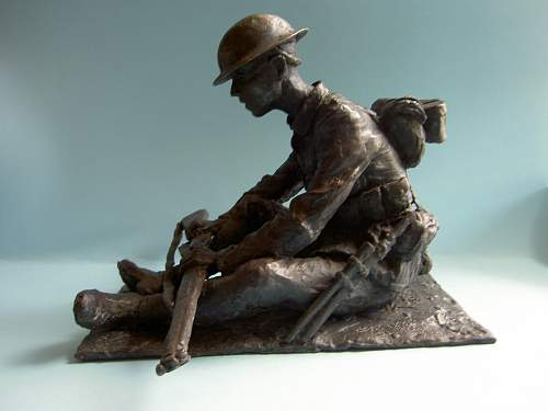 British army rifleman in battle order , 1916. Bronze version complete at last !