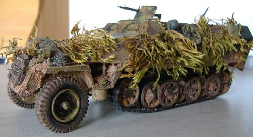 Click image for larger version.  Name:sdkfz251frontside.JPG Views:205 Size:76.2 KB ID:315735
