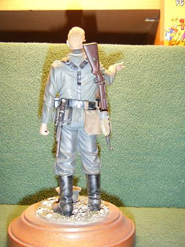 Click image for larger version.  Name:German Infantryman WW2 (120mm scale) (2).jpg Views:511 Size:249.7 KB ID:74017