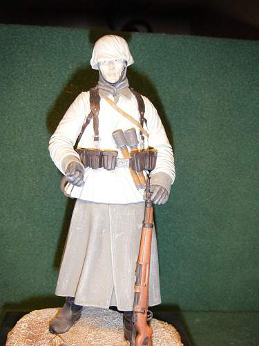 Click image for larger version.  Name:German Infantryman, Russian FRont 1941.jpg Views:328 Size:246.2 KB ID:74049