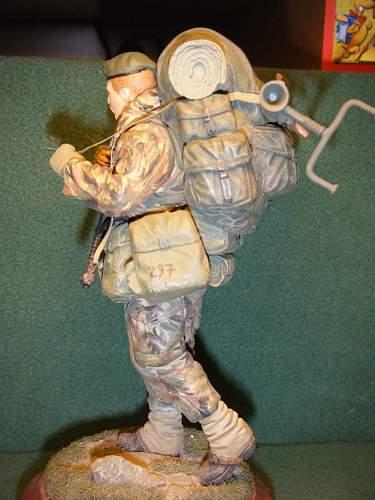 Click image for larger version.  Name:RM Commando, Falklands 1982 (Left side).jpg Views:206 Size:243.3 KB ID:74053
