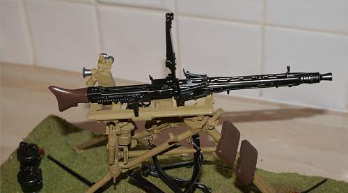 1/6th Scale MG42 and Tripod - 2nd Christmas present !