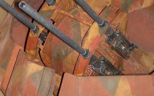 Click image for larger version.  Name:9-4-gunsbarrels in position (2).jpg Views:11 Size:81.4 KB ID:781967