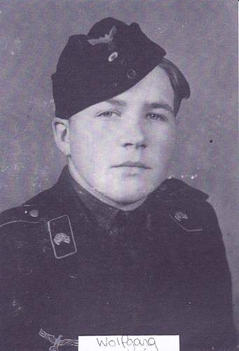 Badges of a Panzer crewman...