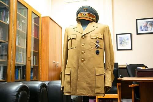 Hitlers Uniform and cap !!