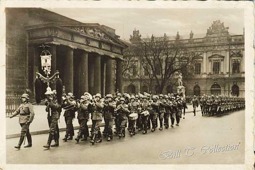 Click image for larger version.  Name:Army Parade in Berlin 001_final.jpg Views:21030 Size:255.4 KB ID:184065