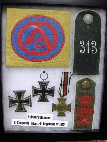 Click image for larger version.  Name:Kramer militaria.jpg Views:61 Size:255.7 KB ID:302608