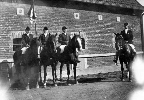 Click image for larger version.  Name:Eilers equestrian unit.jpg Views:59 Size:64.7 KB ID:522546