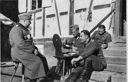 Click image for larger version.  Name:Eilers eating unknown location 1940s.jpg Views:75 Size:51.7 KB ID:522547