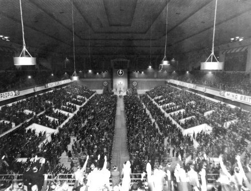 Name:  earls court - Hall, with sauting fascists.jpg Views: 1651 Size:  52.8 KB