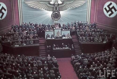 Click image for larger version.  Name:reichstag01.jpg Views:9457 Size:132.2 KB ID:540210