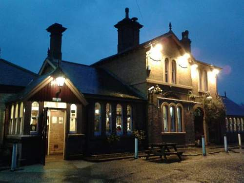 Click image for larger version.  Name:THE STATION CODSALL..jpg Views:85 Size:31.5 KB ID:745782
