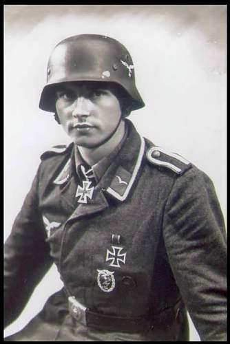 Luftwaffe Uffz Knight's Cross recipient.