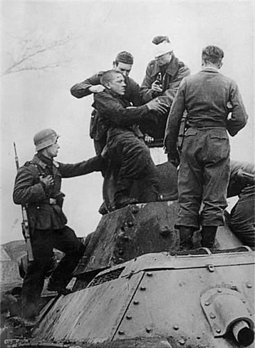 Click image for larger version.  Name:tank ram 1941 kalinin (3).jpg Views:864 Size:62.8 KB ID:182369