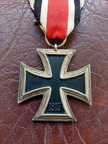 Infomation sought on 2nd class Iron Cross and Minesweeper award receipient