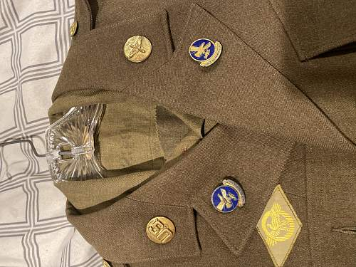 Army air Corp uniform. Need help finding what medals he earned