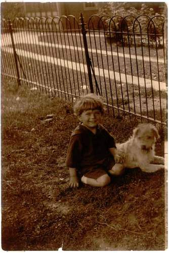 Click image for larger version.  Name:William Scott Tull with Teddy.JPG Views:246 Size:91.5 KB ID:150031