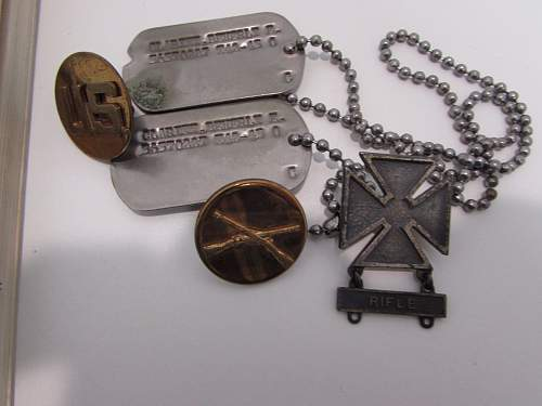 Nice US dog tag set with a little history