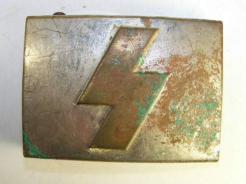 Click image for larger version.  Name:ww2_buckle2.jpg Views:23 Size:83.6 KB ID:677558