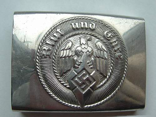 Fake HJ buckle from the original form ?