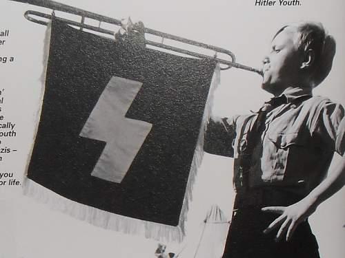 Hitler Youth trompet banner...