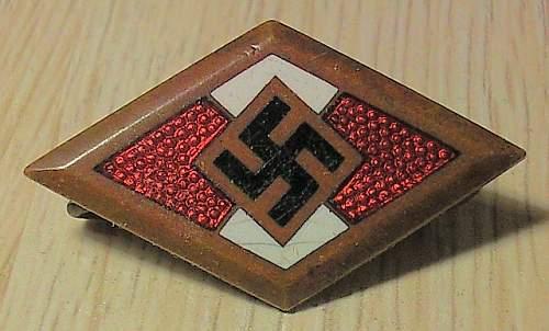 Click image for larger version.  Name:20) HJ honours badge.jpg Views:19 Size:149.2 KB ID:251640