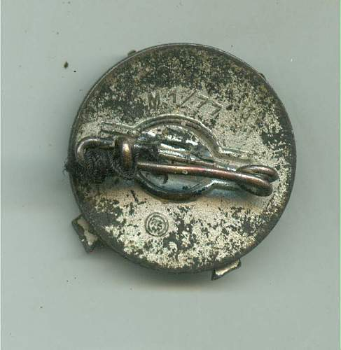Hitler Youth pin, doesn't look quite right