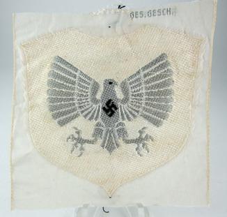 BDM Untergaufuhrerin summer uniform patch (Who is a believer?)