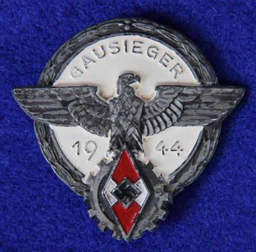 HJ Gausieger 1944 Badge