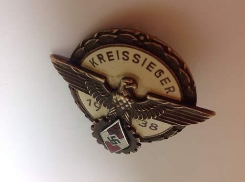 1938 Kreissieger badge