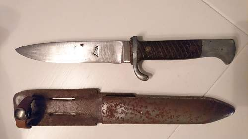 Got this knife from my Grandpa is it WW2 related?