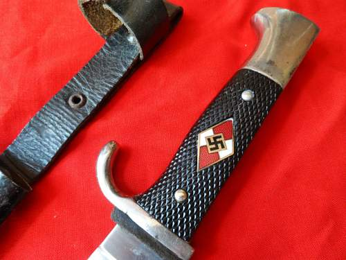 Click image for larger version.  Name:NAZI GERMANY HITLER YOUTH (HJ) DAGGER-KNIFE & SCABBARD 3.jpg Views:135 Size:108.6 KB ID:517405