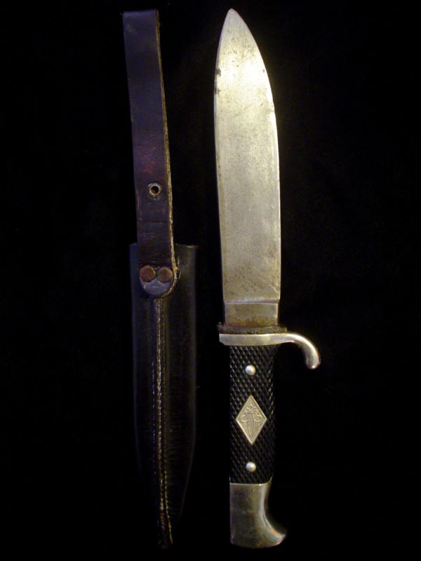 Post WW2 German Scouting / HJ Knife Transition Discussion - Page 3