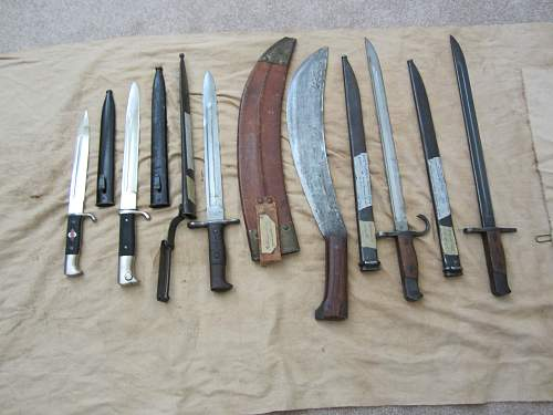 Click image for larger version.  Name:hj knives1.jpg Views:142 Size:314.7 KB ID:731346