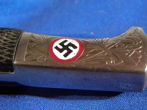Click image for larger version.  Name:mini-HJ honor bayonets 008.JPG Views:79 Size:70.5 KB ID:767664