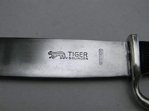early HJ Knife