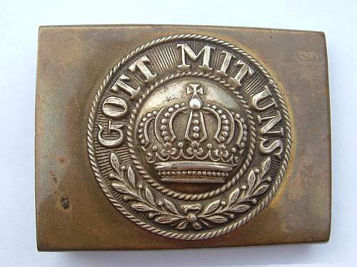 Garbage Find WWI Buckle for Review