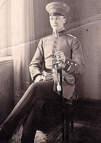 Imperial Army Visors in  Period Photographs