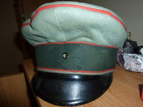 WW1 German hats? I am not sure, I need information on them, please help.
