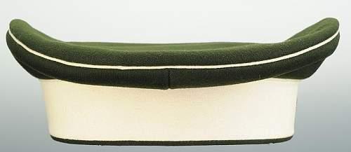 Click image for larger version.  Name:bonnet-troupe-du-chevau-leger-regt-n-7-ou-8-bavarois_4.jpg Views:35 Size:28.7 KB ID:799763