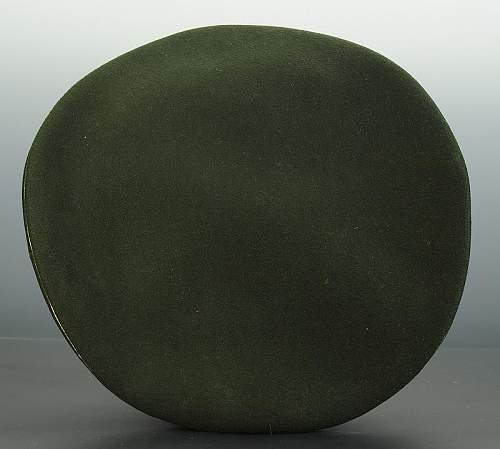 Click image for larger version.  Name:bonnet-troupe-du-chevau-leger-regt-n-7-ou-8-bavarois_5.jpg Views:35 Size:63.9 KB ID:799764