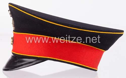 HR17-Braunschweig (Brunswick) Headgear: