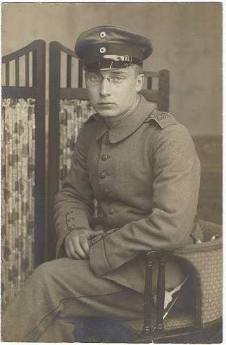 Soldier First World War Regiment 231? Ask for identification