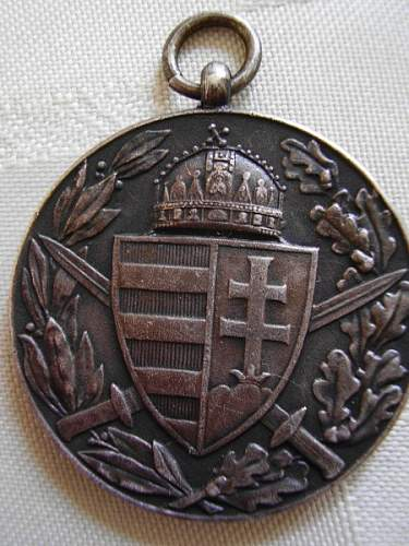 Question about ww1 Austro- Hungarian war Comm Medal and Bavarian Cav pic