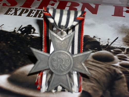 Das Verdienstkreuz fur Kriegshilfe