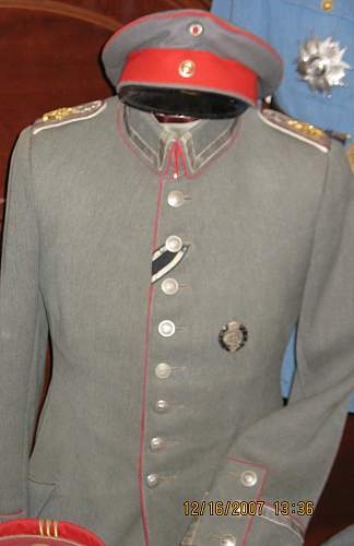 Hesse- uniform