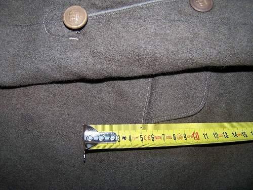M 07/10 German field tunic question