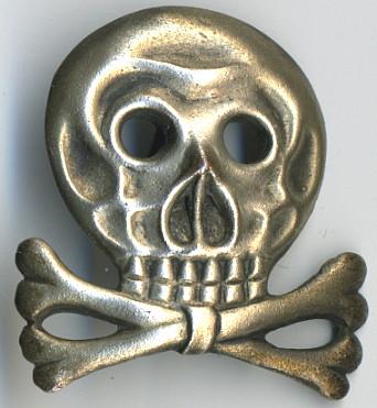Need help ! Brunswick original skull ?