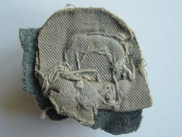 Click image for larger version.  Name:Imperial German WW1 tunic belt support button reverse..jpg Views:319 Size:141.8 KB ID:18491